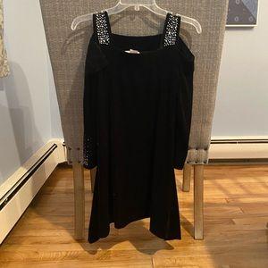 Dresses & Skirts - NWOT Black Velvet Dress w/ Gemstones